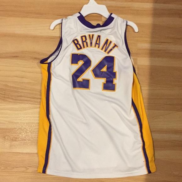 sports shoes 0c43b 29bc2 Stitched Kobe Bryant jersey